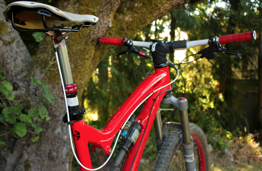dropper seat post to improve your mountain biking performance